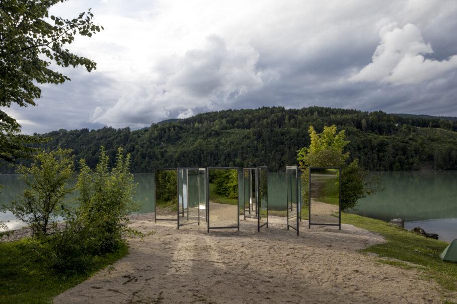 20spiegel, Armin Guerino, Foto: Gerhard Maurer, für das Festival horizontal20 im Rahmen der Kärntner Landesausstellung CarinthiJA2020.