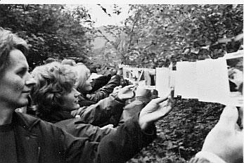 Inge Vavra, EVAKUIERUNG - galleria itinerante, im Rahmen von UNIKUM – Eine Fahrt außer Landes, 2000, Foto: Gerhard Maurer